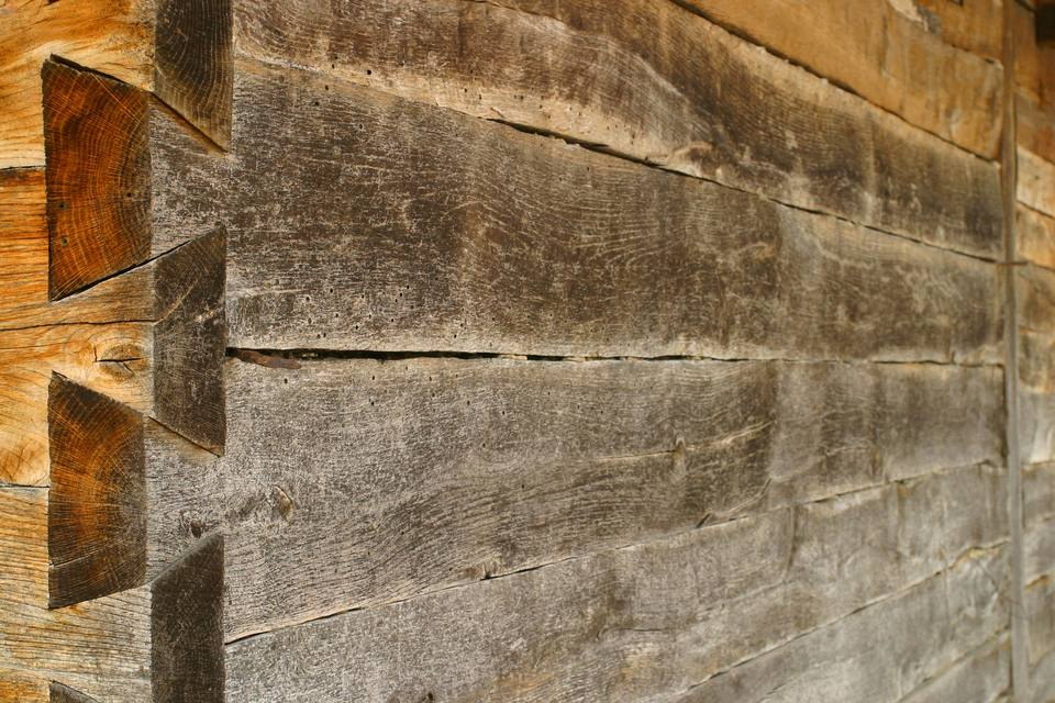Closeup of half blind dovetail joint