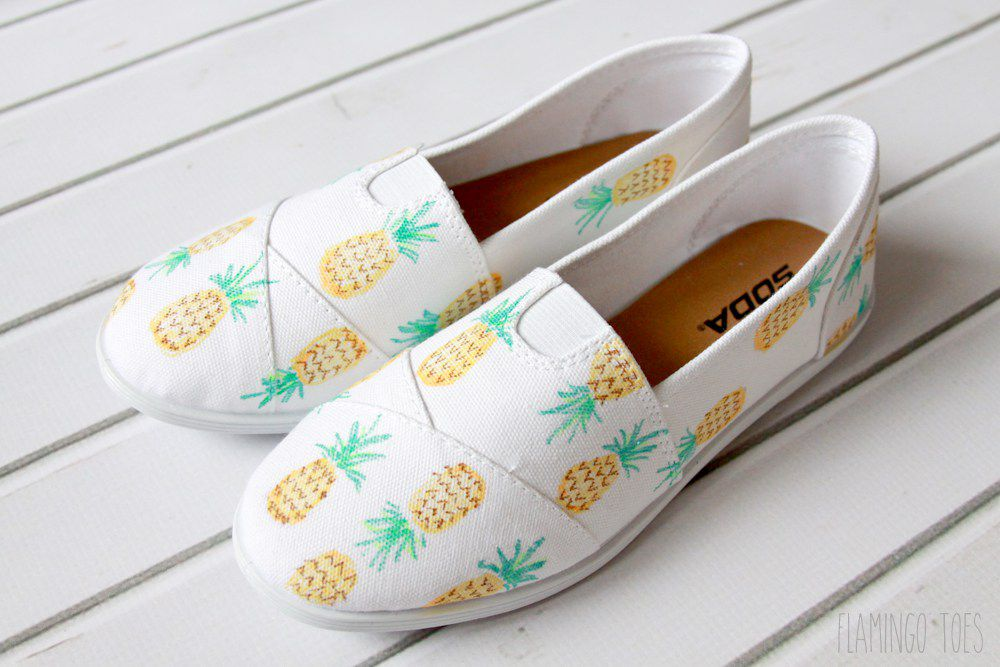 DIY Pineapple Painted Shoes
