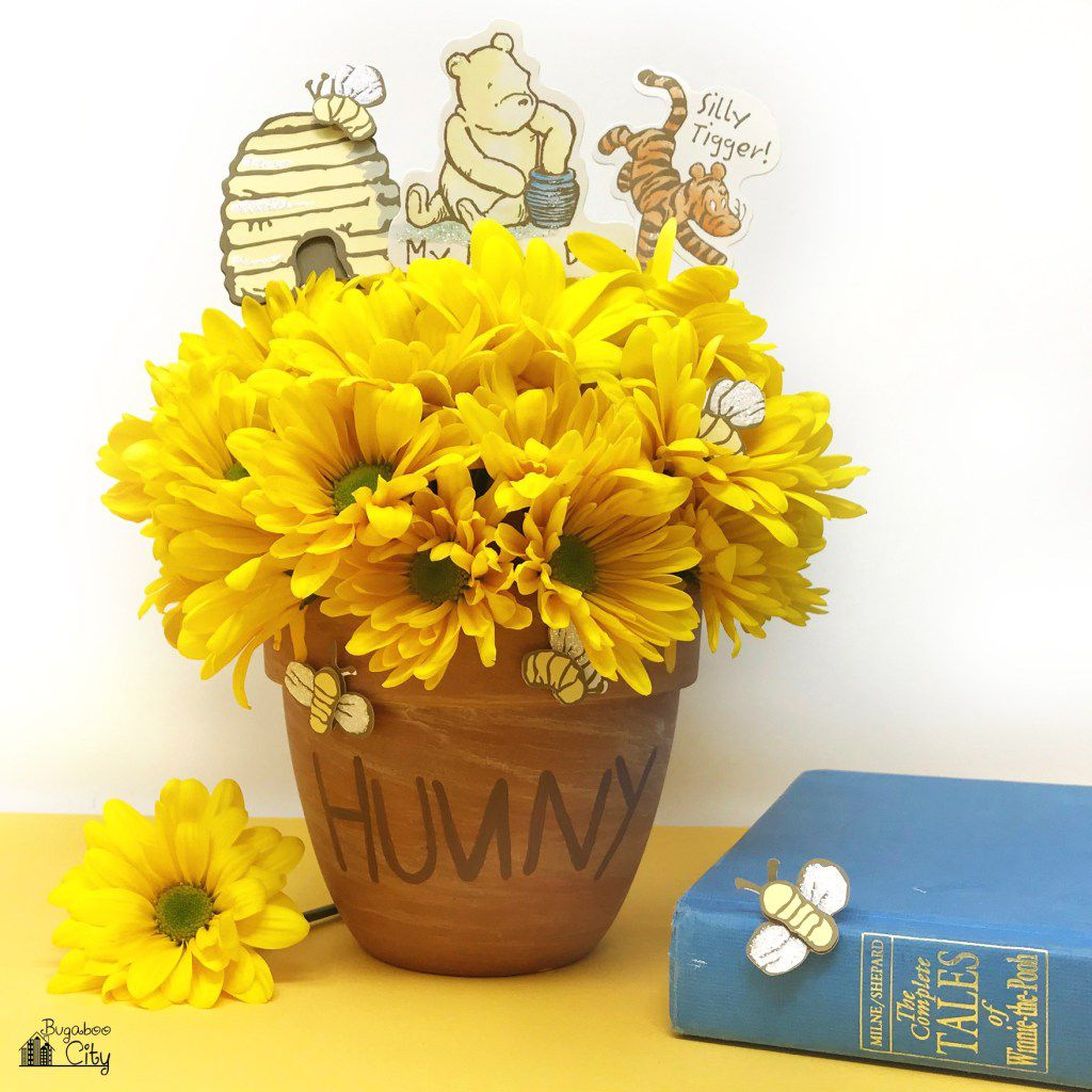 winnie the pooh party centerpiece