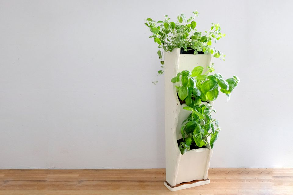 how to make a vertical herb garden planter