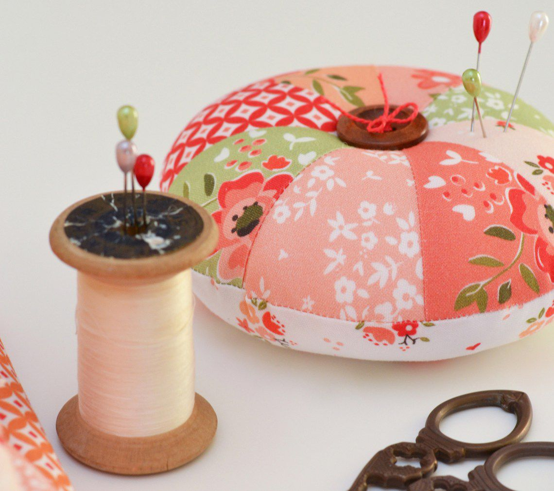 Simple Sprocket Round Pincushion Pattern