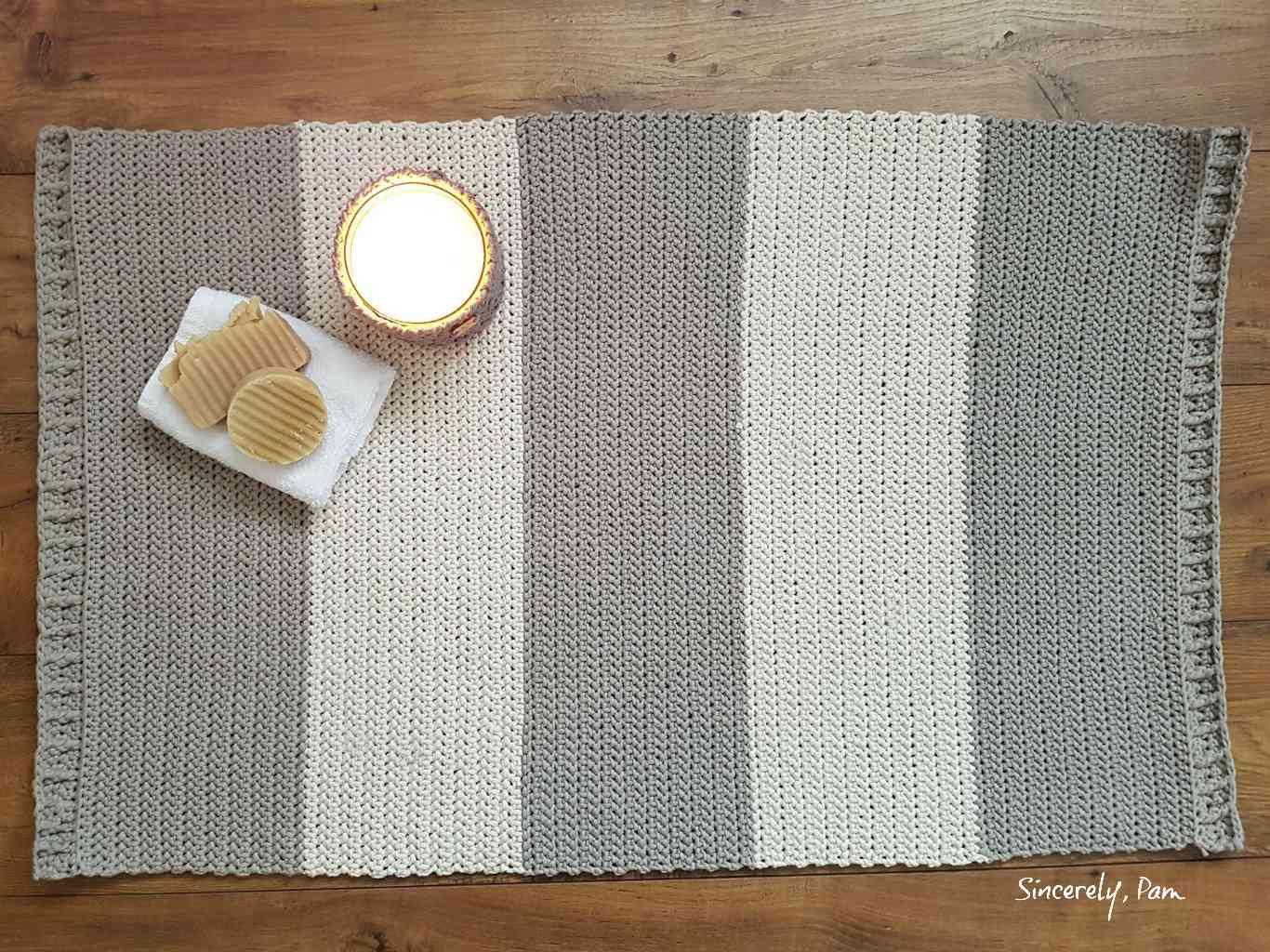 Striped Herringbone Bath Mat Pattern