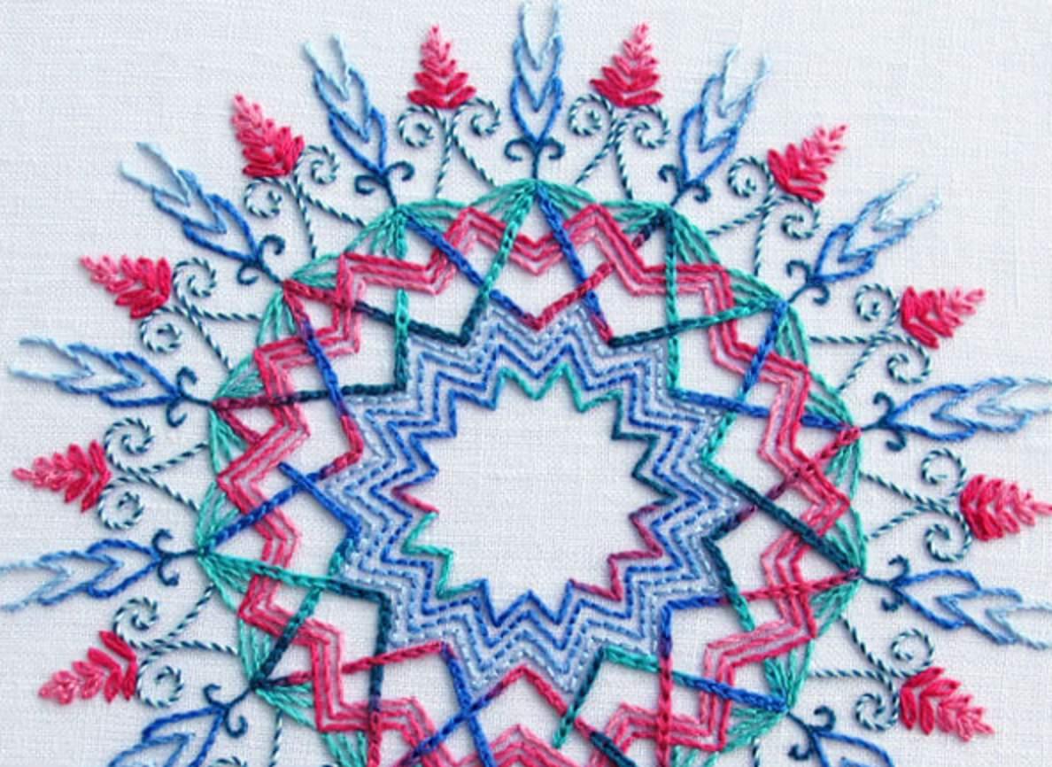 Coloris kaleidoscope embroidery pattern