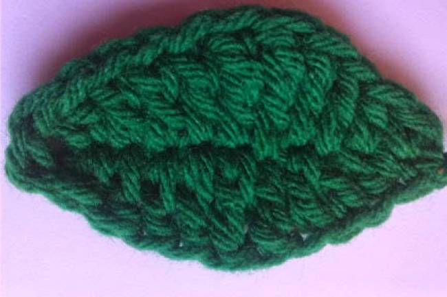 Basic crochet leaf