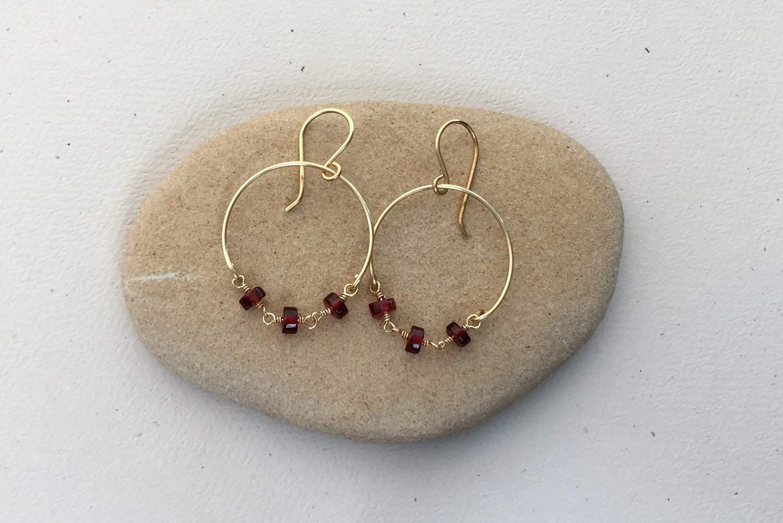 Filename DIY Wire Chain Loop Earrings