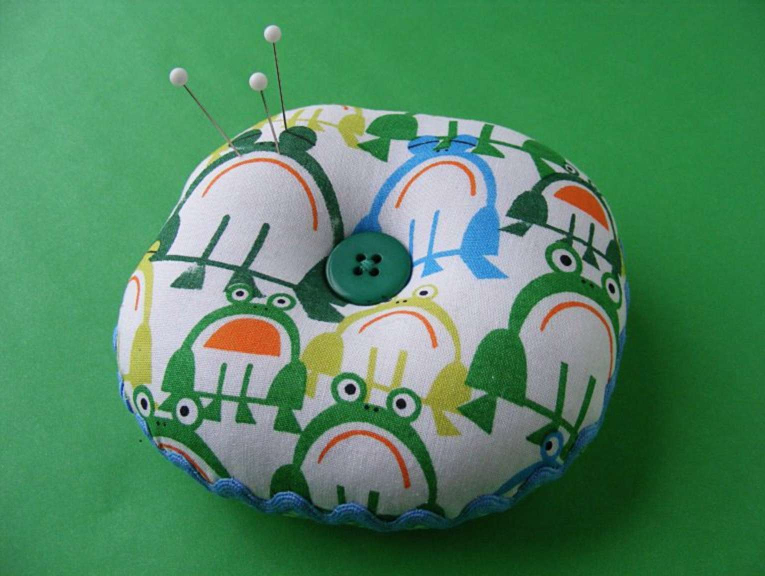 Dimples Pincushion Easy Sewing Tutorial