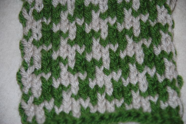 How to Knit Two-Color Houndstooth Pattern