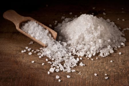 The Types of Salt Used to Make Homemade Bath Salts