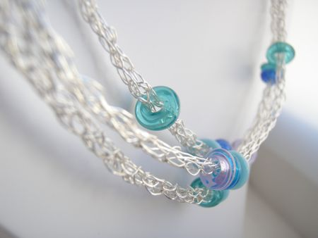 20 Free Wire Crochet Jewelry Patterns