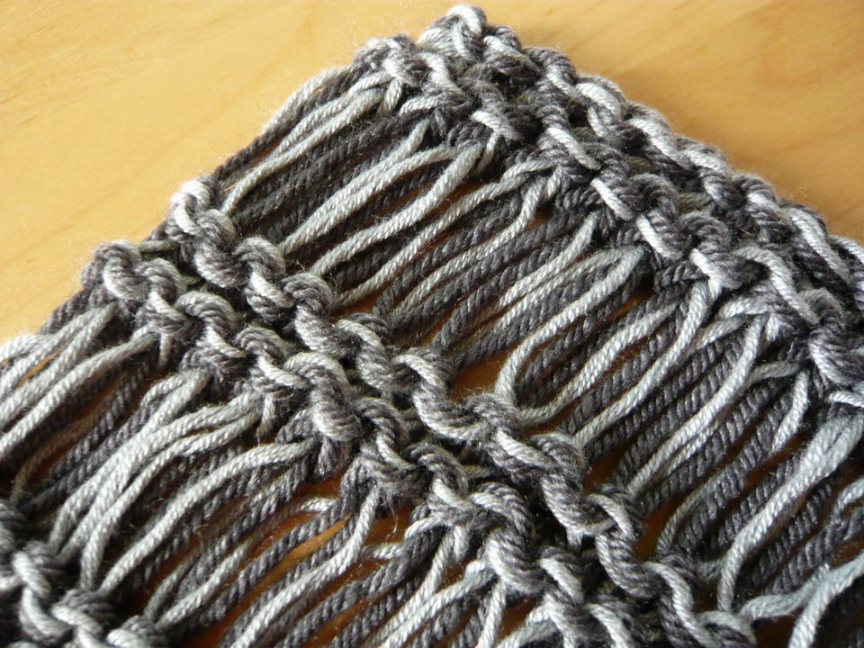 Drop stitch pattern