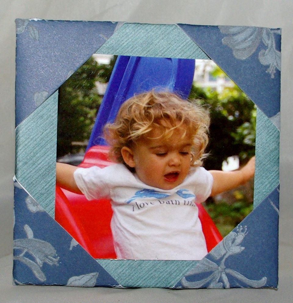 Easy Folded Paper Photo Frame