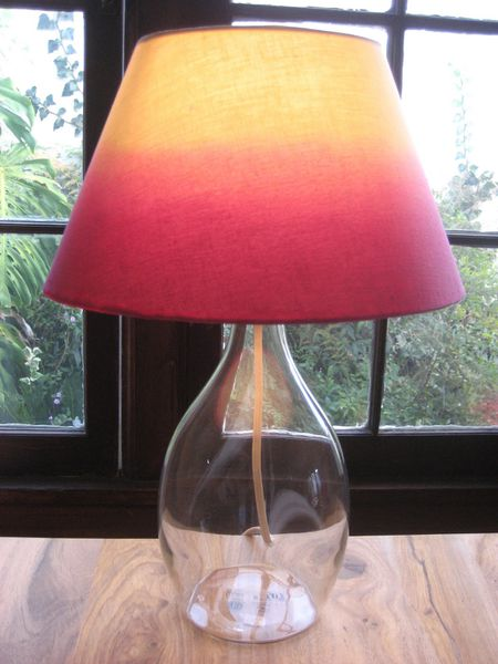 b943292e2af3e 16 DIY Lampshades to Brighten Up a Room
