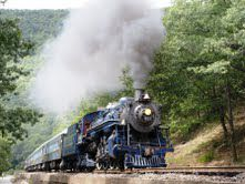 Reading and Northern Pacific No. 425 leads an excursion through the beautiful Lehigh Gorge. Although not a true USRA light Pacific, the locomotive is similar in design.