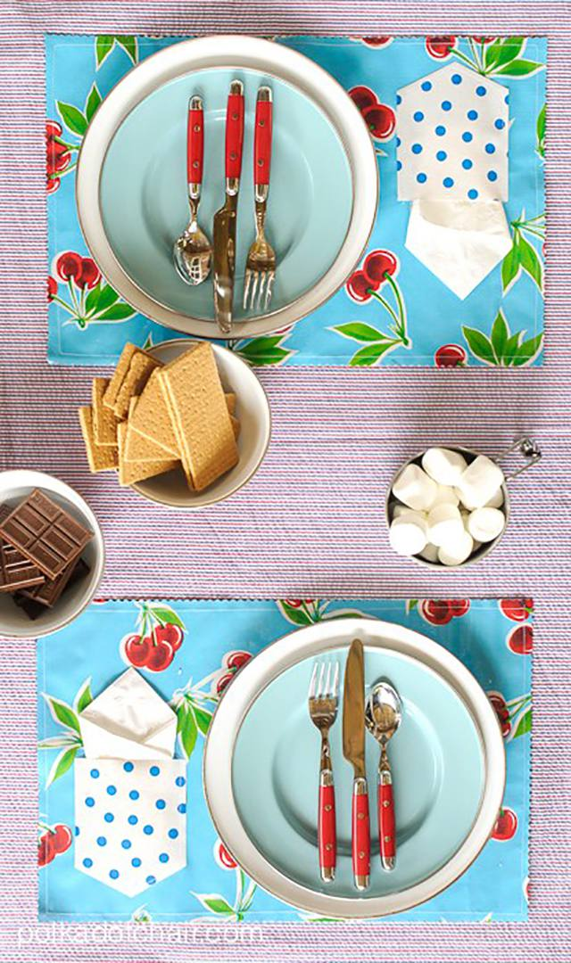 Colorful placemats with pockets