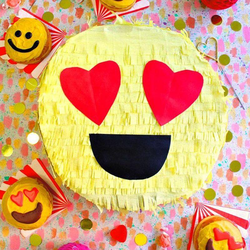 Heart Eyes Emoji Box