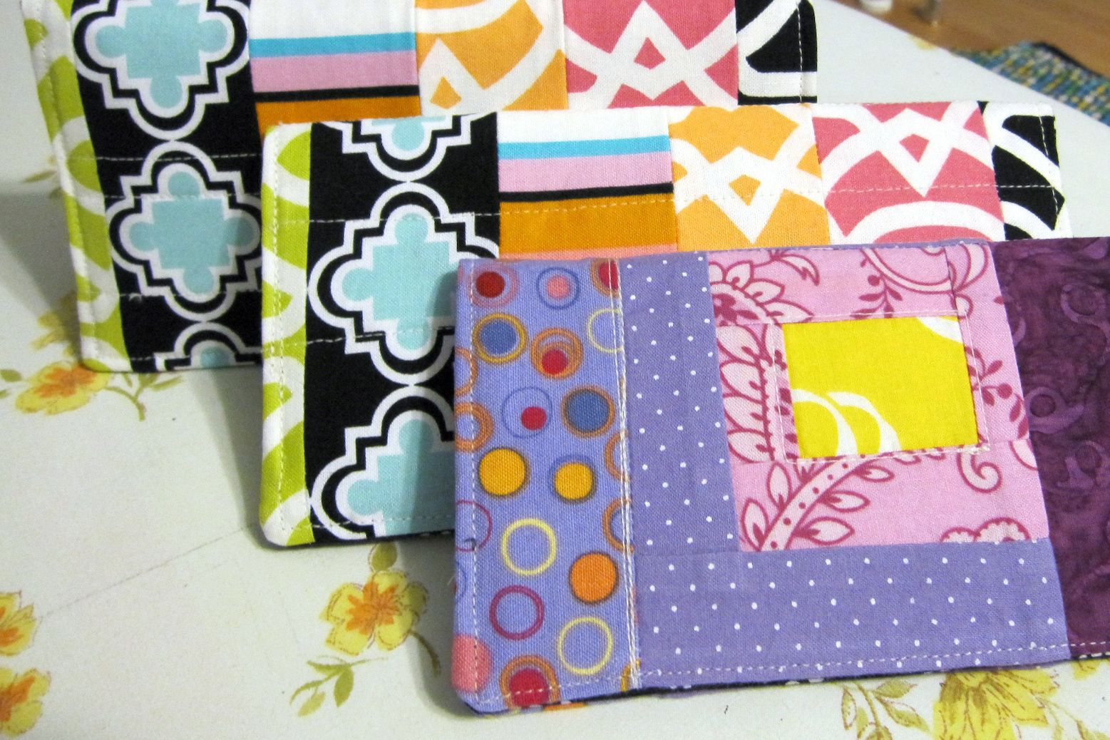 Fabric Cheque Book Cover : Fabric checkbook cover free sewing pattern
