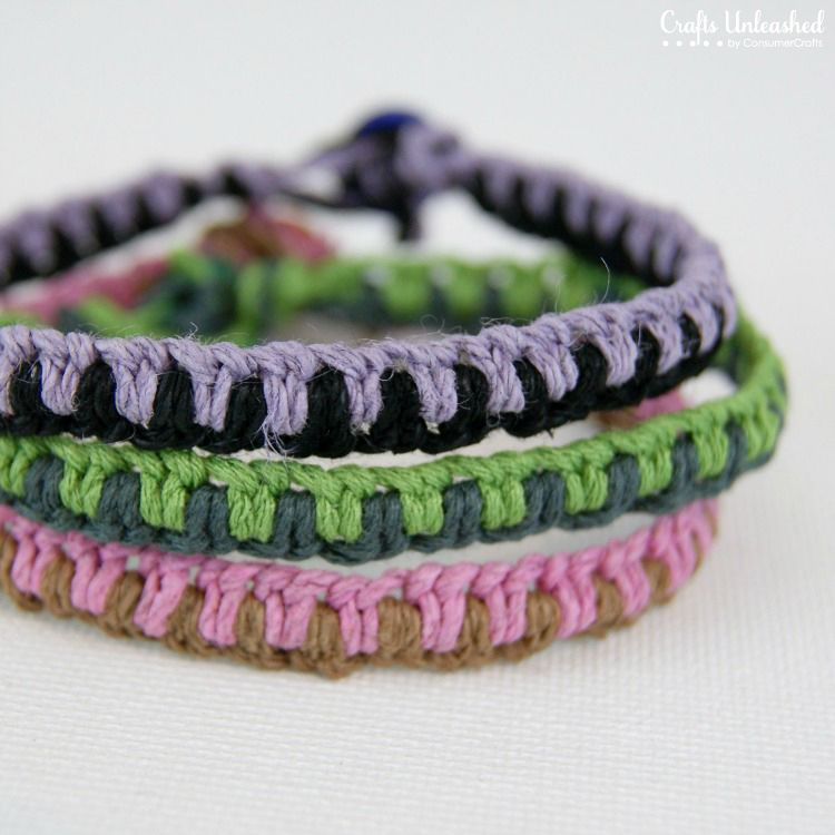 Easy DIY macrame friendship bracelets