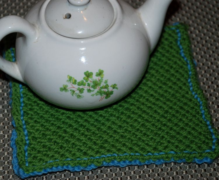 Slip Stitch Honeycomb Pot Holder