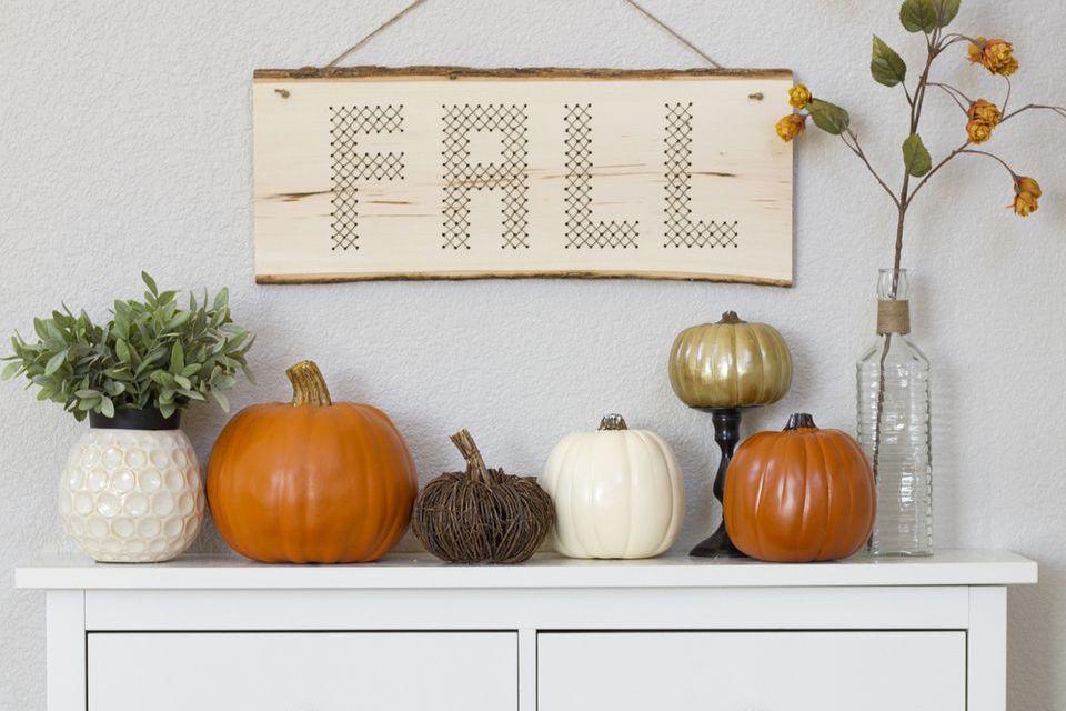 DIY Fall wood plank decor