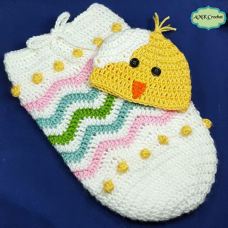 21dc1acc3c8f0 Newborn Easter Crochet Cocoon Pattern. Newborn Easter egg cocoon pattern  with chick hat