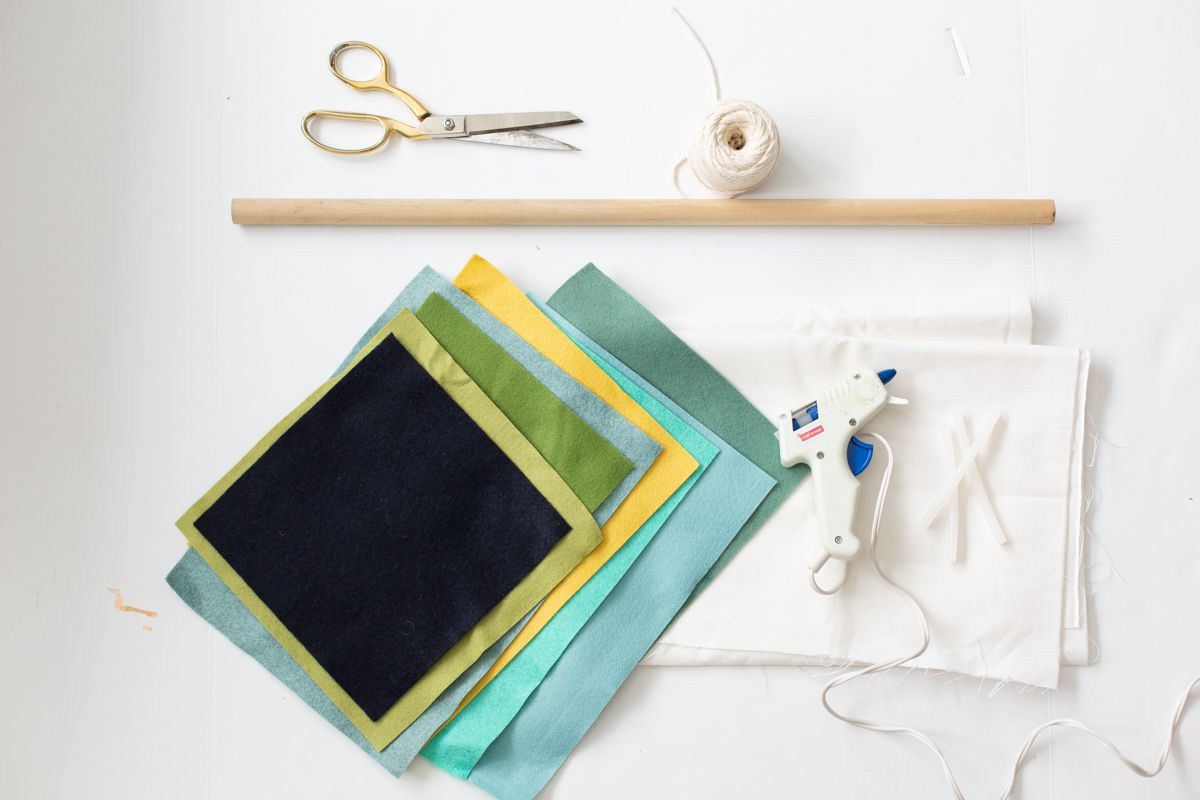 Materials for DIY wall tapestry