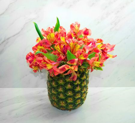 Diy Pineapple Vase Floral Arrangement