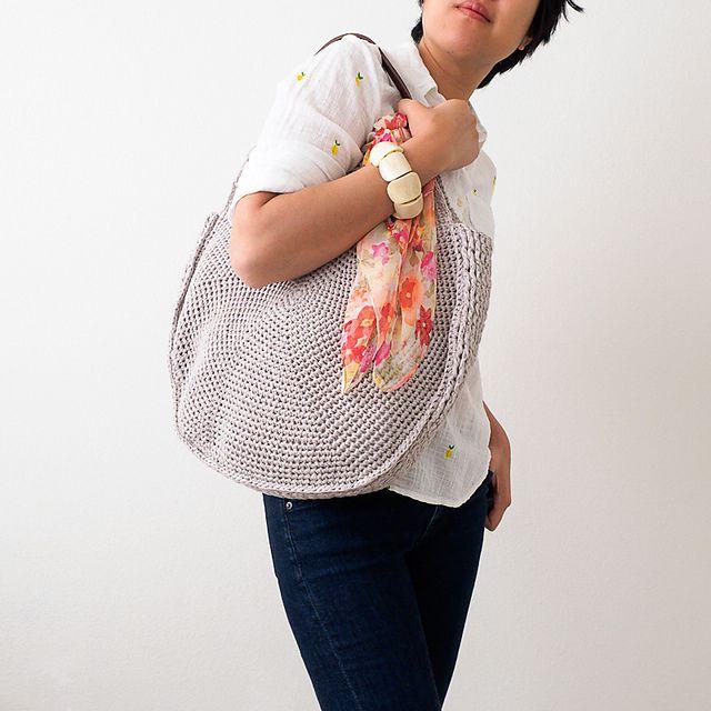 Crochet Circle Bag Free Pattern