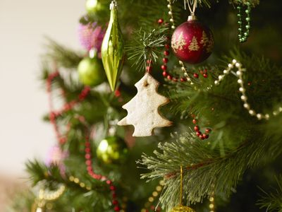 discover the meaning of christmas understanding the holiday symbols