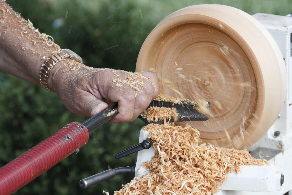 Bowl Turning on a Lathe