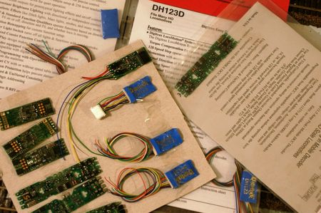 Choosing a Decoder for Model Trains and Accessories