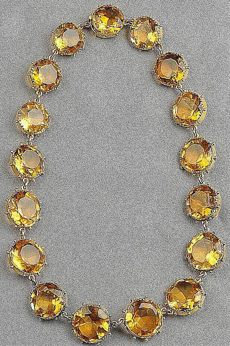 A Guide To Identifying Antique And Vintage Necklaces