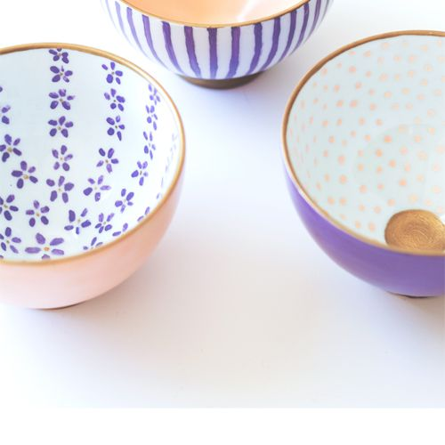 Colorfully patterned bowls