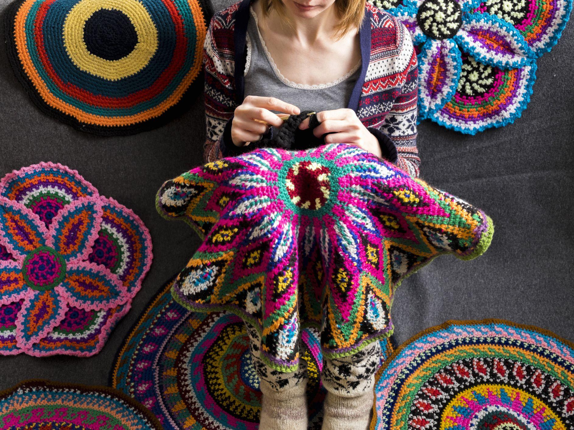 Crochet Basic Stitches #3 - Half Double Crochet (hdc) - YouTube | 1414x1885