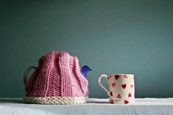 Teapot cozy and heart mug