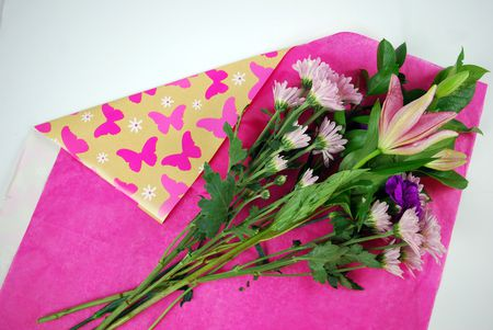 How to gift wrap fresh flowers like a pro flowers on tissue paper mightylinksfo
