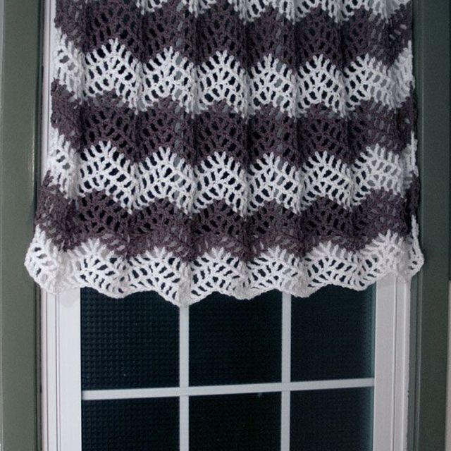 Chevron Curtain Free Crochet Pattern