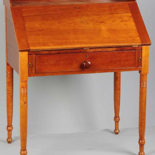 Slant-Front Desk - Identifying Antique Writing Desks And Storage Pieces