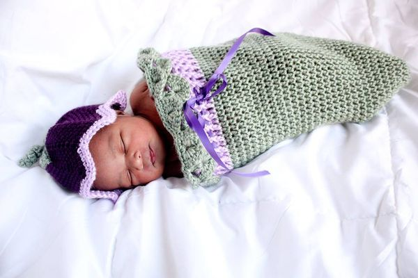 Tulip Hat and Cocoon Free Crochet Pattern