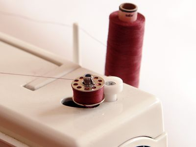 How To Fix Bobbin Thread Malfunction Bunching And Tangling Interesting Sewing Machine Not Picking Up Bobbin Thread