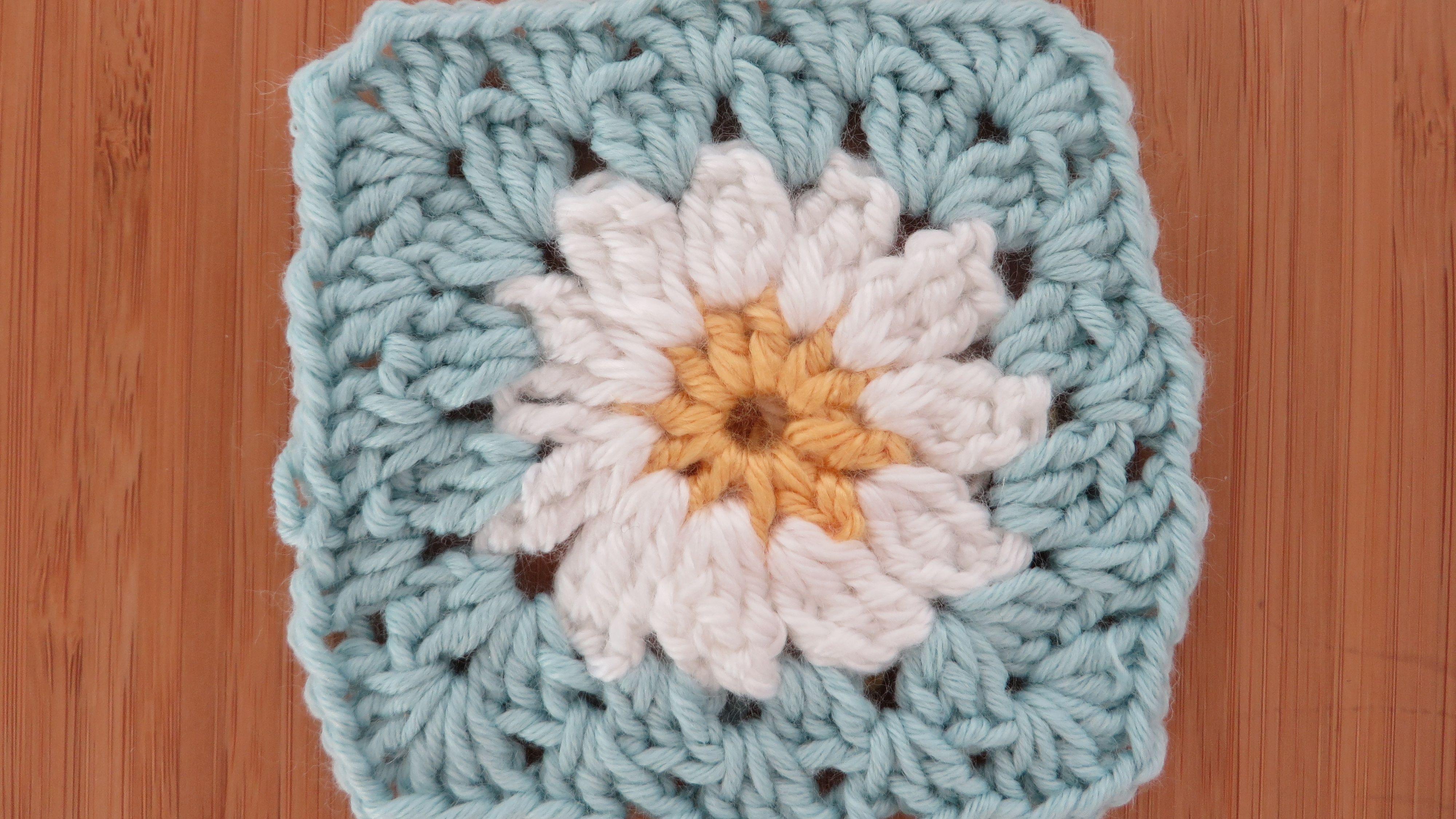 How To Crochet 3D Flower Granny Square Baby Blanket