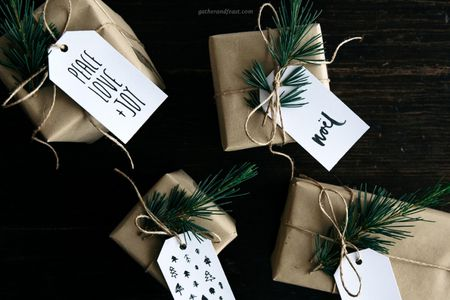 Simple Christmas Gift Tags On Presents