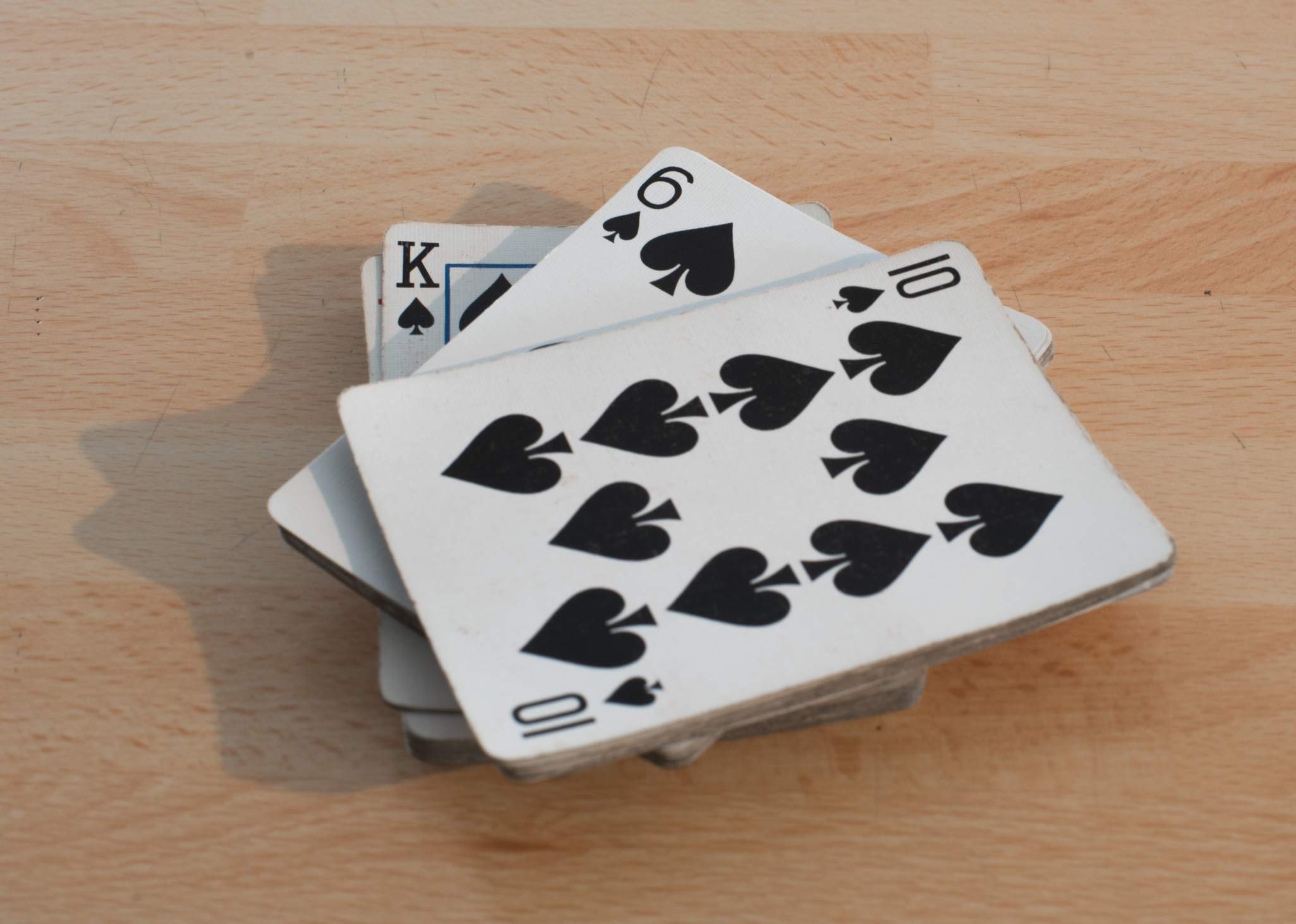 5 Best Trick-Taking Card Games