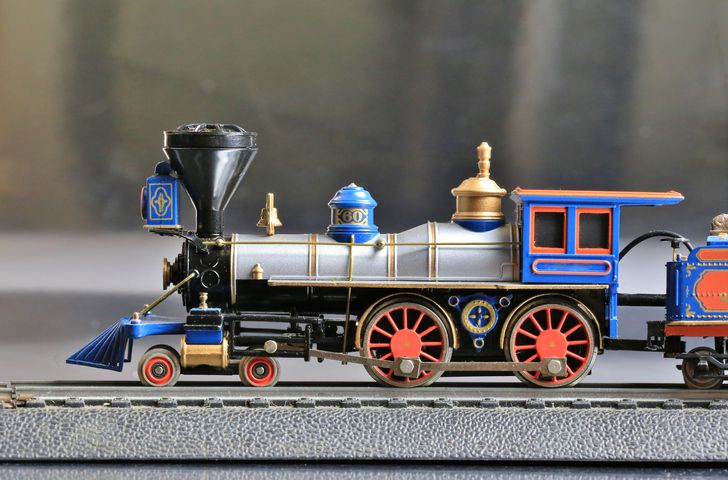 Model train engine on a track.