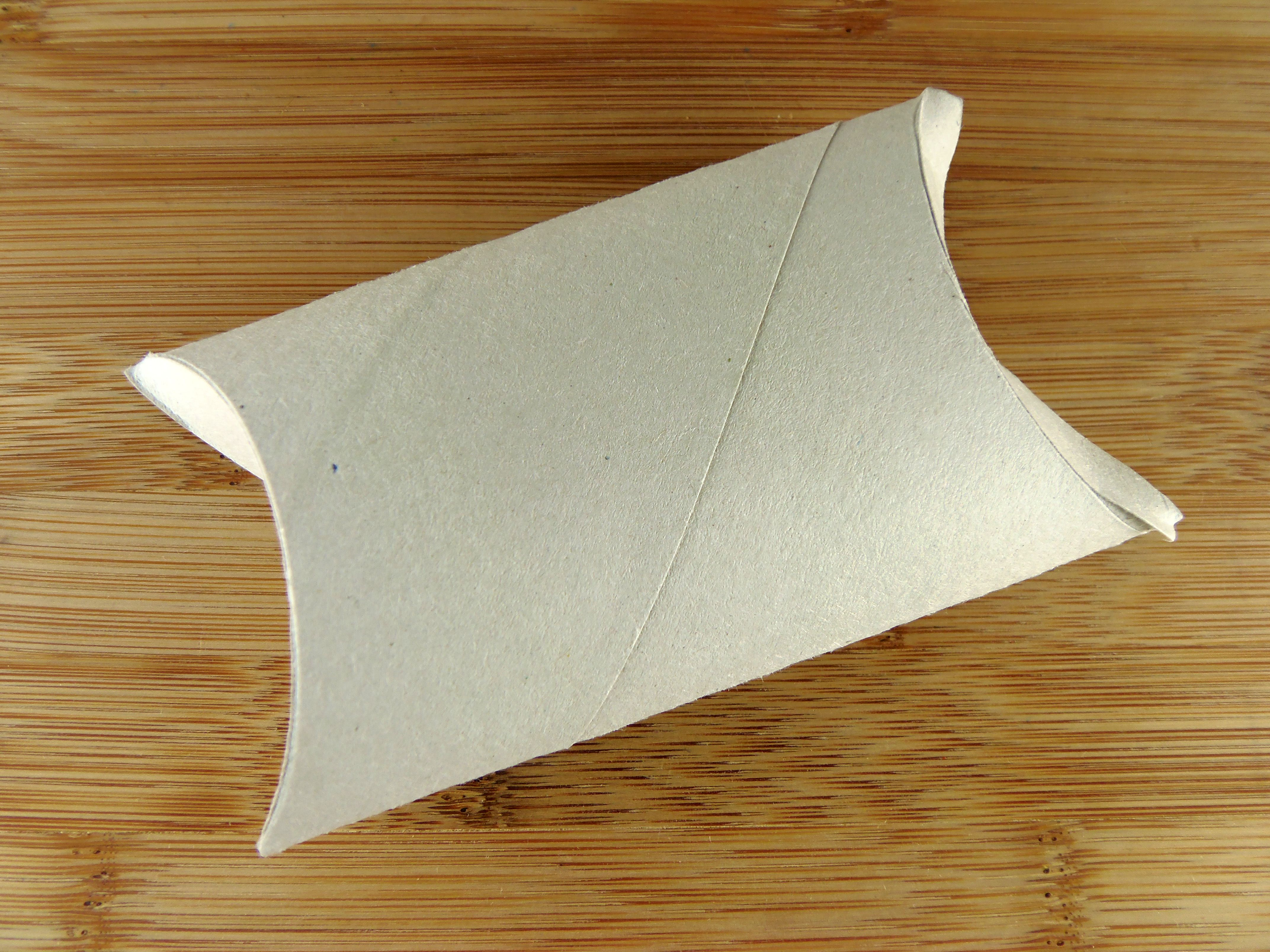 How to Turn a Toilet Paper Roll Into a Pillow Box