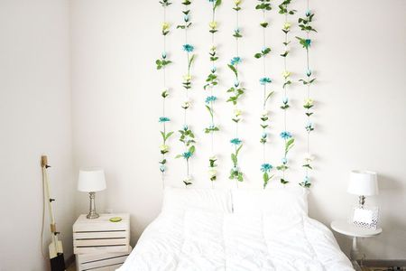 10 Diys To Decorate An Empty Wall