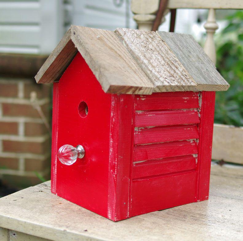 DIY Birdhouse ideas using old items