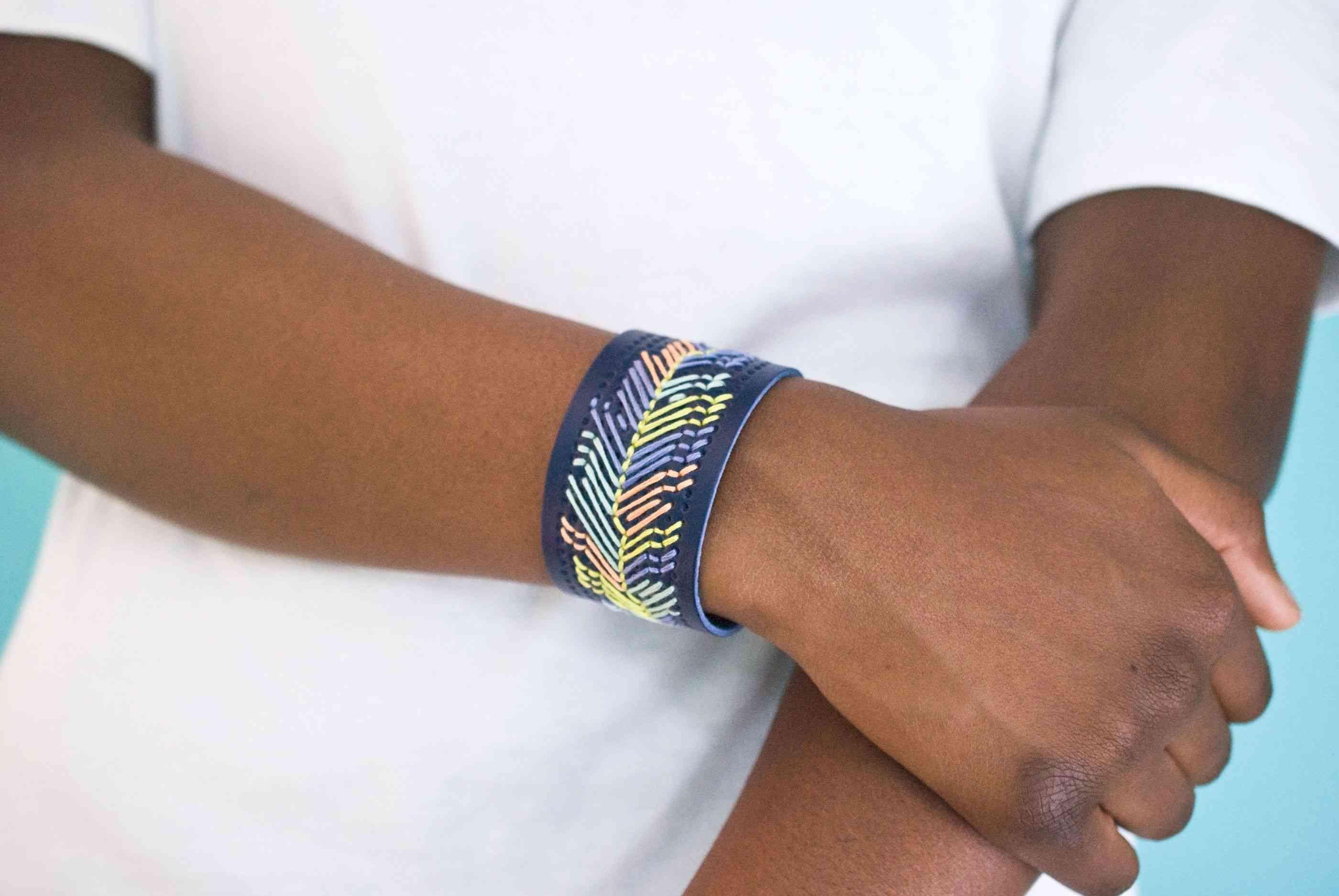 Make this custom gift bracelet