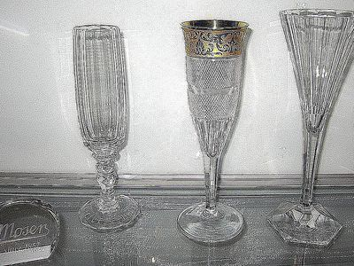c291528b4356 Learn All About Antique Glassware with These Handy Guides