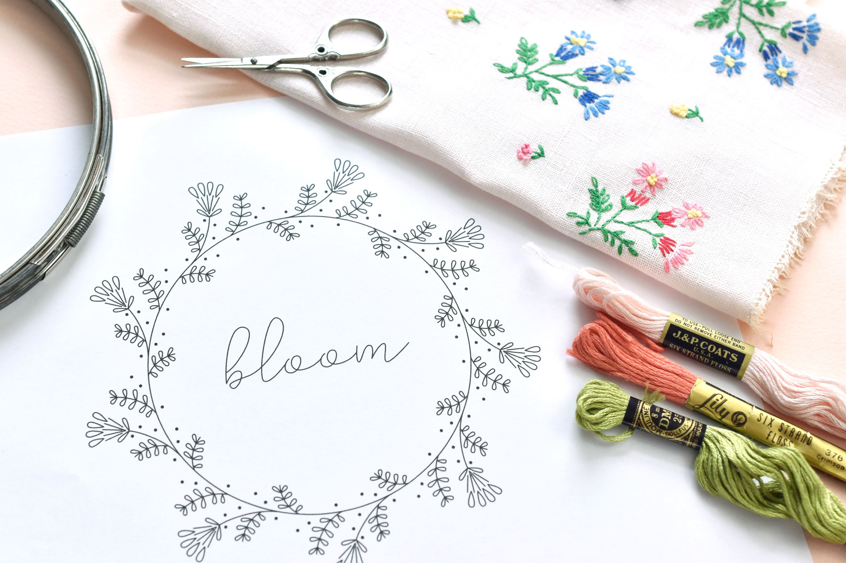 Learn How to Embroider a Vintage-Style Frame With This Free Pattern