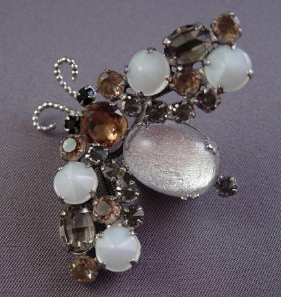 Circa 1950s Schreiner Trembler Bug Pin